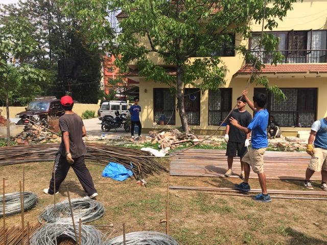 Nepal-rebuilding1
